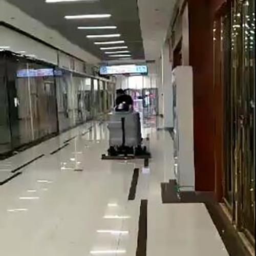南宁大型商场用洗地车Dragoon 100B